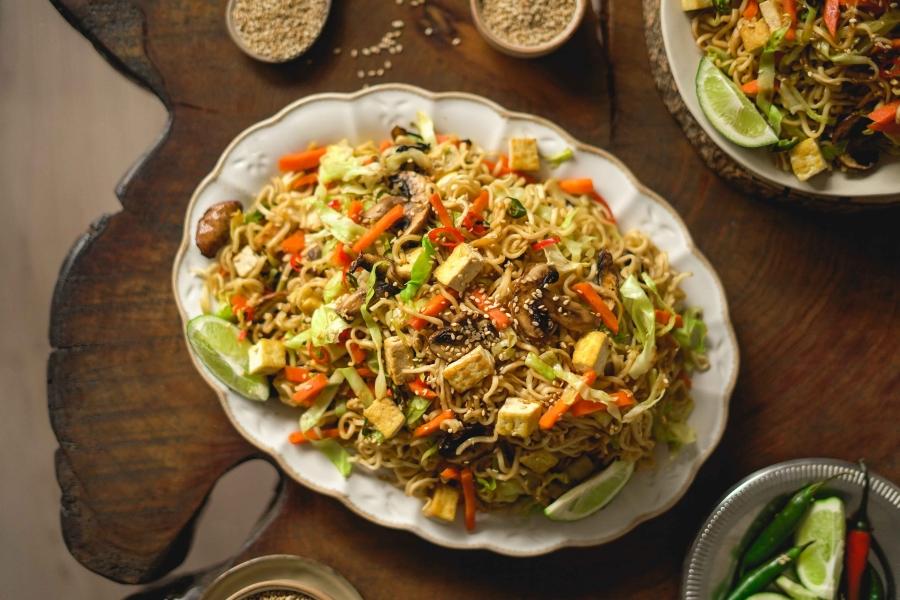 Noodles_legumes_tofu_dicas_da_oksi1